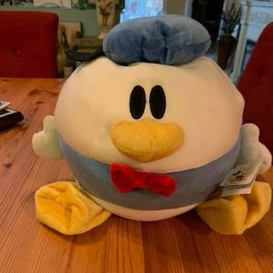 Walt Disney World Donald Duck round bean bag